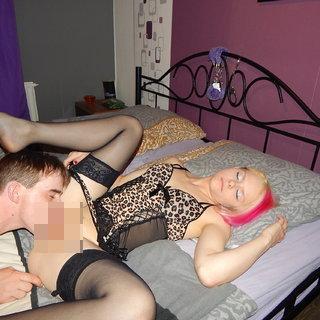 amateur prostituierte stellungen im bett