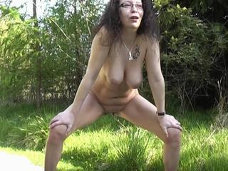 natives gril nude pic
