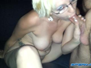 frau im pornokino striptease contest