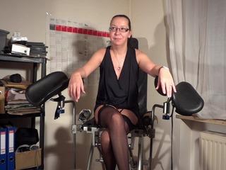 Ee31bb6b in Ficklöcher Dehung in der Frauenarztpraxis