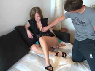 Mein Erstes Mal GeFICKT & Orgasmus